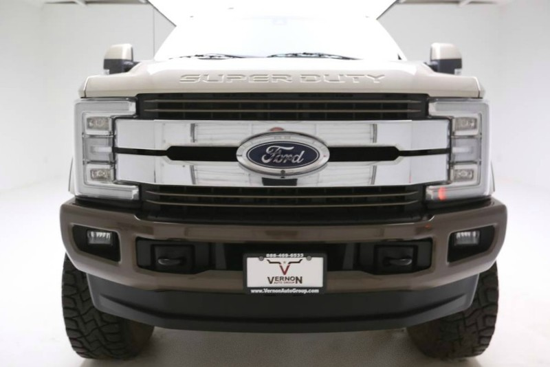 Pre-Owned 2017 Ford Super Duty F-250 King Ranch