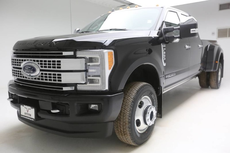New 2019 Ford Super Duty F-350 DRW Platinum