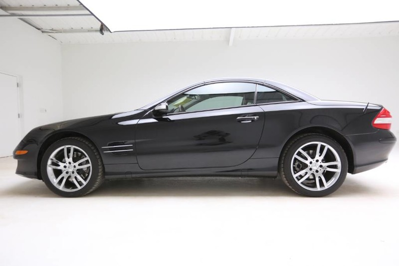 Pre-Owned 2008 Mercedes Benz SL-Class V8