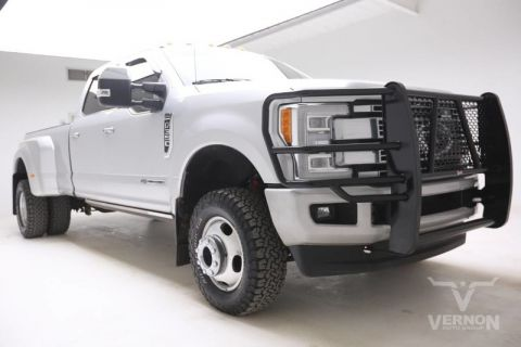 Pre-Owned 2017 Ford Super Duty F-350 DRW Platinum Crew Cab 4x4 Fx4